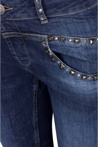 Isay Pisa Jeans